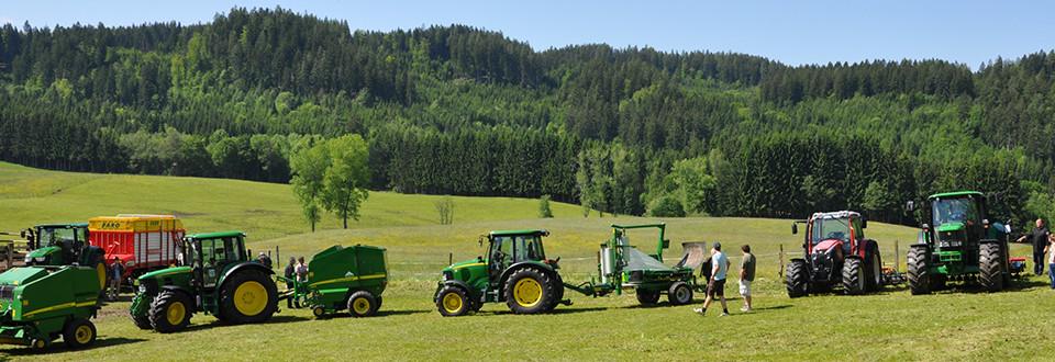 Feld Forst Landmaschinen